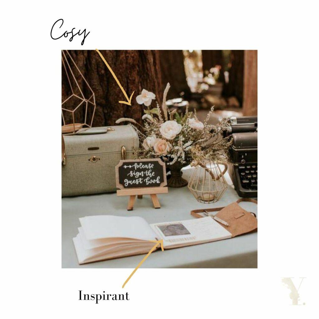 Un espace scénarisé pour votre livre d'or : un basique du mariage