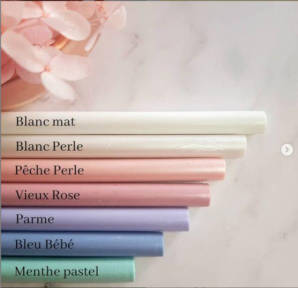 bâtons de cire couleurs pastel
