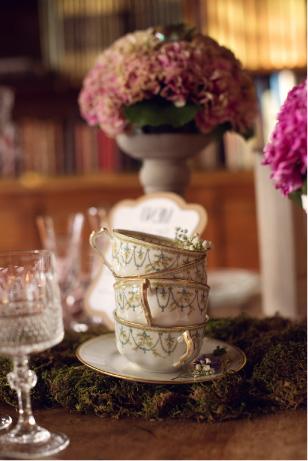 décoration table mariage thème alice pays merveilles
