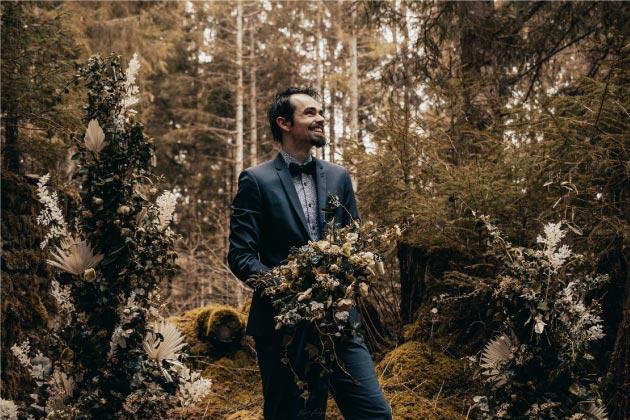 scénographie florale mariage bleu