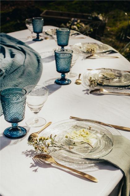 table mariage bleu doré hellébore