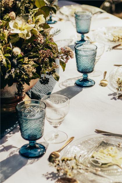 vaisselle mariage bleu doré