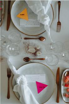 vaisselle mariage couleurs peps