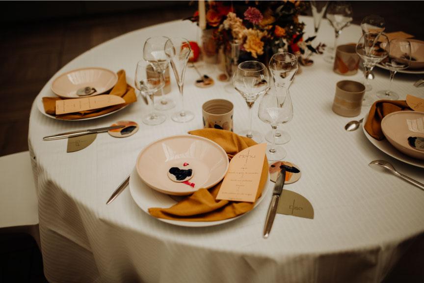 scénographie table mariage céramique